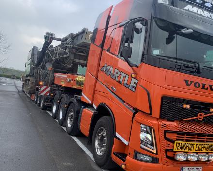 Transport Liebherr LRB 355 van Brugge naar Knokke