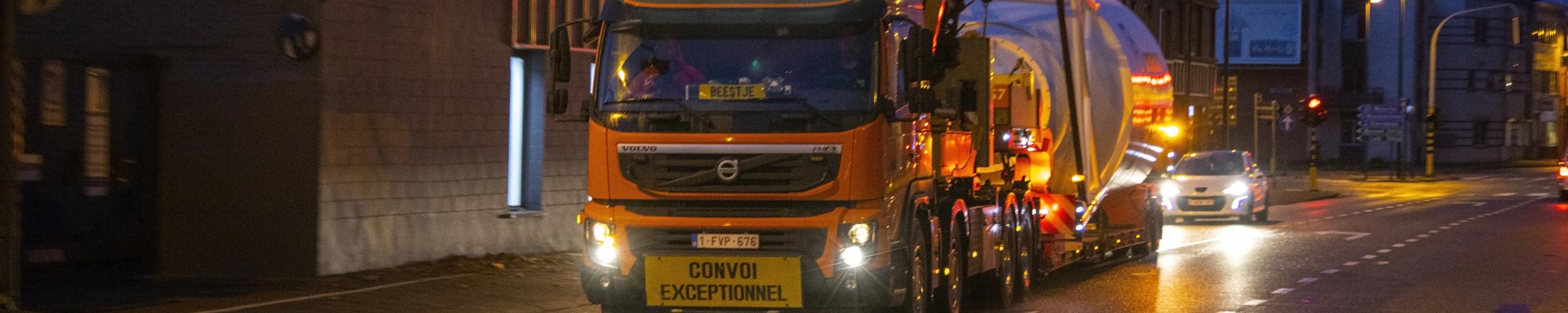 Transport met autokraanwagens